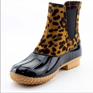 Shoes - Duck Leopard Print Boot